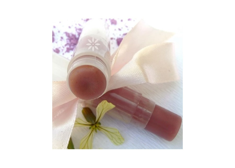 2 in 1 lip balm and gloss